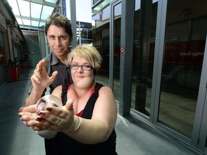 Mentalist to hold fundraiser for friend