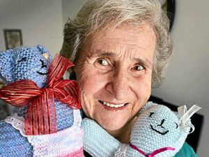 Gympie woman knits more than 1000 dolls for Destiny Rescue