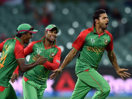Mashrafe Mortaza celebrates the wicket of Joe Root