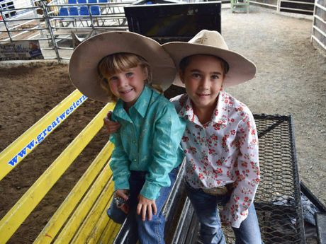 EARLY STARTERS: Charlee Fouracre, 3, and sister Caydence, 8, have the technique down pat when it comes to riding poddys in the 2015 Young Gun and Top Gun Series.