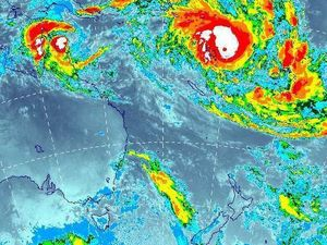 Cyclone Pam set to hammer New Zealand's North Island