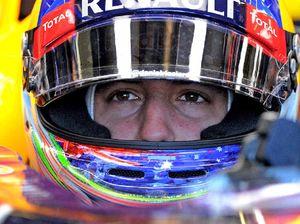 Spine Run: Coast's Matt Poole joins F1's Ricciardo for race