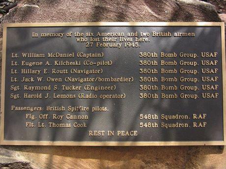 The Beautiful Betsy memorial plaque at Kroombit Tops.