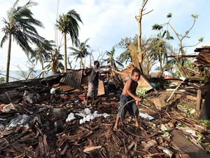 Byron couple survive Vanuatu horror, now they want to help