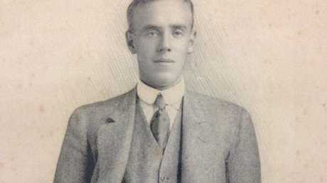 Burdett Nettleton, who died at Pope's Hill, Gallipoli, on August 7, 1915. His family has just been reconnected with some of his possessions.
