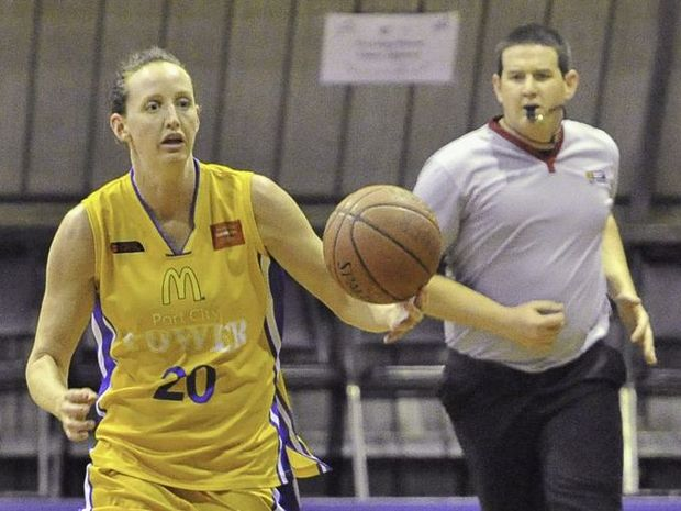Gladstone Power vs. Townsville Heat - Rebecca Haynes. Photo Mike Richards / The Observer