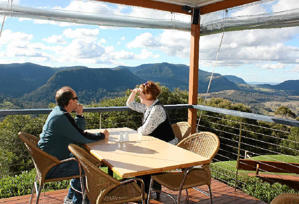 VISITORS WELCOME: The new group, Destination Southern Downs, is set to work to bring tourists to both the Southern Downs and Granite Belt regions.