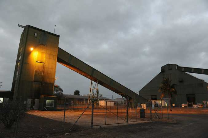 Bundaberg Sugar has signed a two-year contract with Coles to supply about 20,000 tonnes of sugar a year.