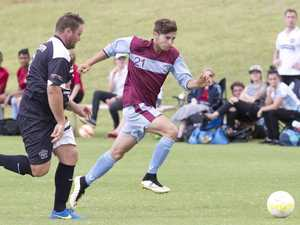 Magpies boot home first-up win in trying conditions