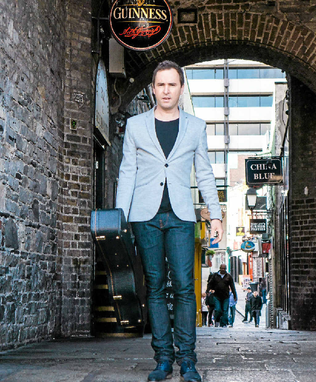 IRISH JOURNEY: Damien Leith is headed to Gladstone for his The Parting Glass (an Irish Journey) on May 14 at the GECC.
