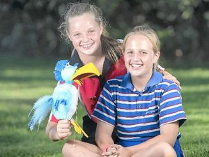 Video: Pint-sized pair can't wait for talent quest
