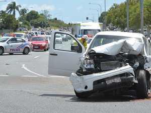Five cars collide on Malcomson Street, Mackay