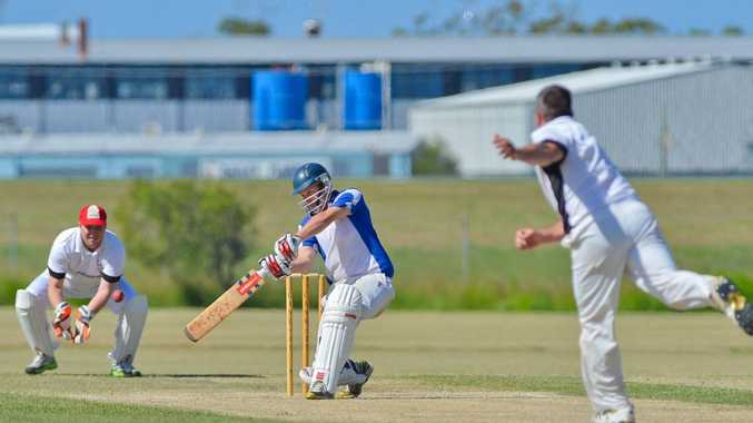 Matt Shallcross and Ricky Sawyer resumed play at 2/94 chasing 133 for victory.