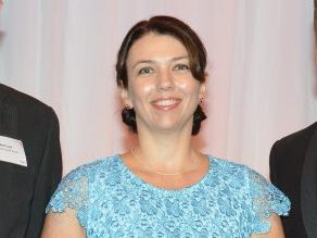 2015 Trucking Woman of the Year appointed to ATA committee
