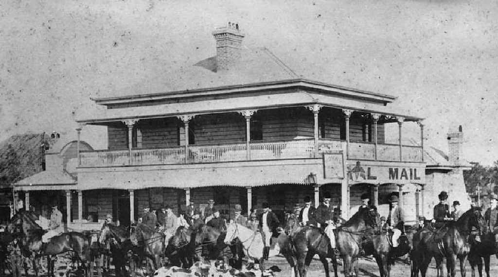Participants get ready (above) for a fox hunt outside the Royal Mail Hotel in Goodna in 1892. Photo: Contributed