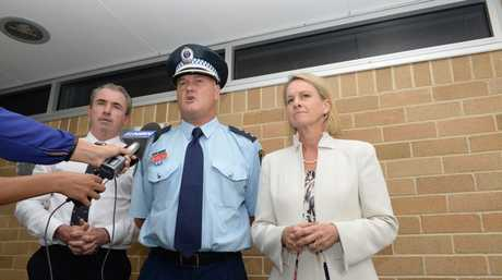 ICE IN PAGE : Federal Member for Page Kevin Hogan, Richmond Loacal Area Command's Detective Inspector Cameron Lindsay and Assistant Health Minister Fiona Nash, met yesterday to discuss ways to tackle the scourge of Ice in our community.