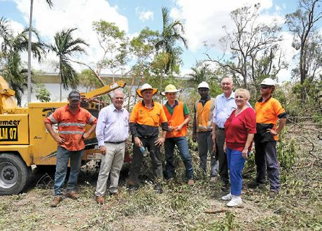 Livingstone Shire Mayor Bill Ludwig, Deputy Prime Minister Warren Truss and Member for Capricornia Michelle Landry talking to tree lopping crews at Yeppoon High School. Mr Truss thanked all volunteers and emergency crews and every man and woman who helped out after Cyclone Marcia. Trinette Stevens