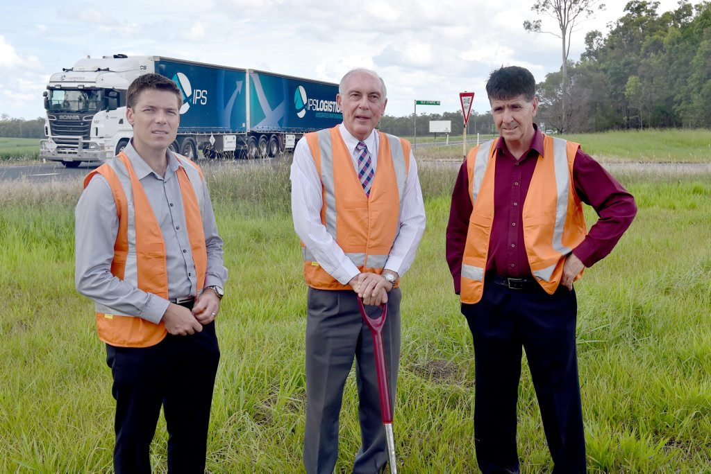 District director Wide Bay Burnett Transport and Main Roads Scott Whitaker, Deputy Prime Minister Warren Truss and Maryborough MP Bruce Saunders at the turn the sod-turning ceremony for roadworks at the Glenorchy Straight.