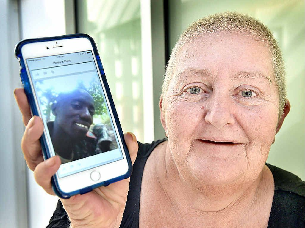 Tiaro resident Sharonlee Cordell with a photo of her