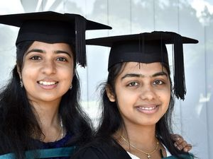 USQ students autumn graduation