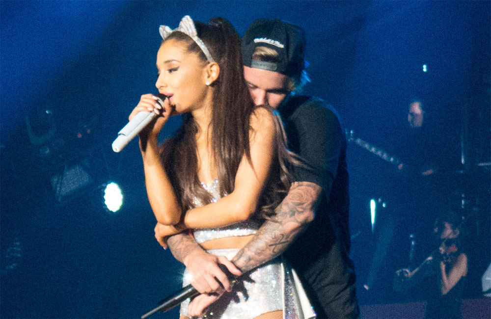 Ariana Grande and Justin Bieber on stage