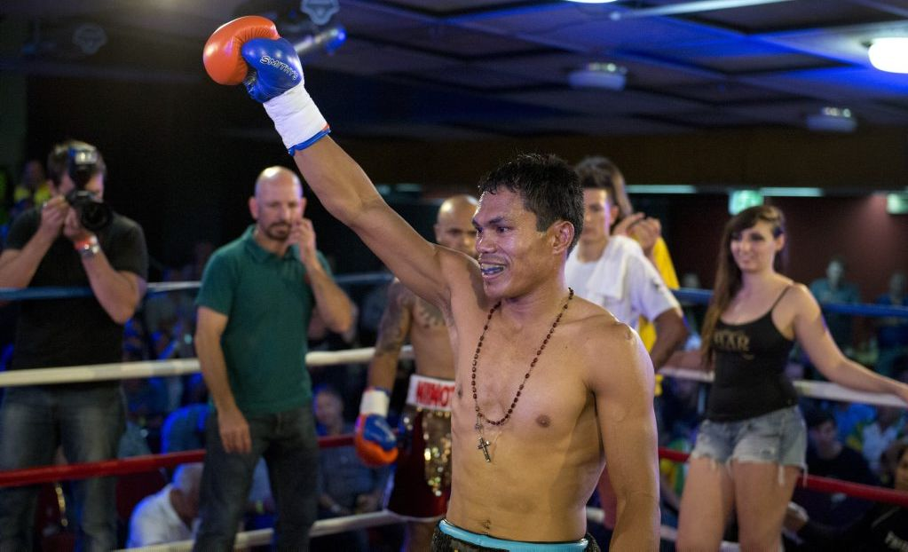Toowoomba boxer Jack Asis is the new IBO world super featherweight boxing champion.