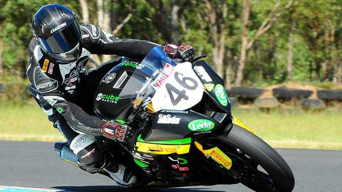 Mike Jones shows his style in the Australian Superbike Championships at Morgan Park Raceway. Photo Wayne Reed/Osella Photography