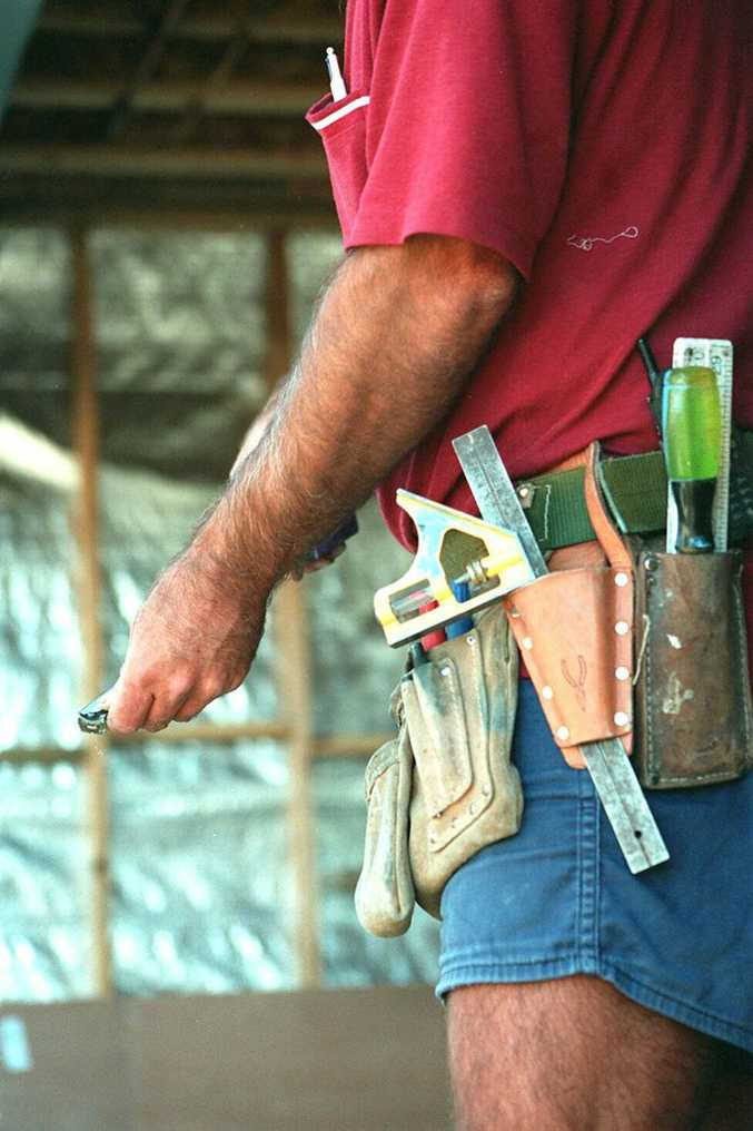 15/07/02 110966 Building industry, tradesmans toolbelt. Photo Brett Wortman / Sunshine Coast Daily