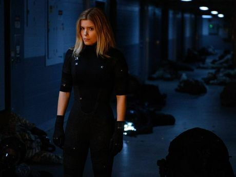 Kate Mara plays Sue, a brilliant young scientist who listens to Portishead when she is working