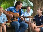 Country Music star welcomes Kilkivan kids back to school