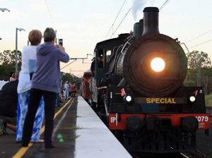 VIDEO: Anzac Memorial Troop Train pulls into M'boro