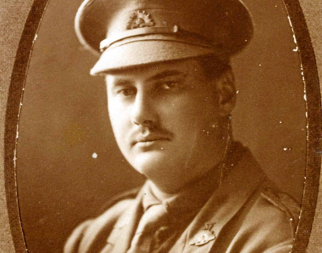 Lieutenant William Leichhardt Leslie and a dispatch about him.