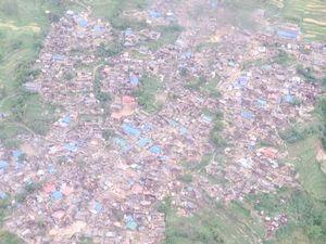 Nepal earthquake: Videos show terrifying moments