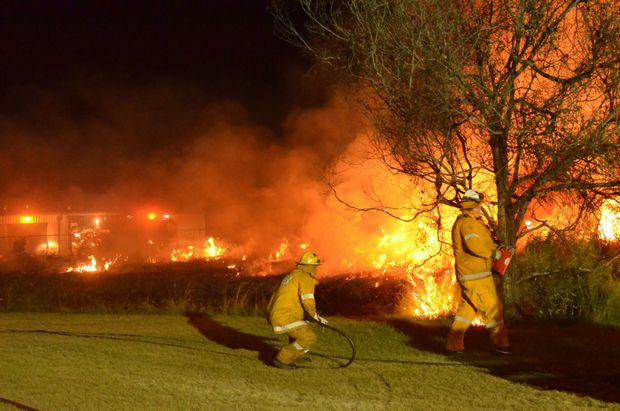 Rural and urban firefighters at a training exercise in Kingaroy last night. Photo Barclay White / South Burnett Times