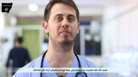 Dr Tareq Kamleh as he appears in an Islamic State propaganda video