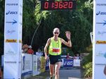 Steve Moneghetti salutes in the Hilly Half Marathon. Photo Keagan Ryan / Whitsunday Times