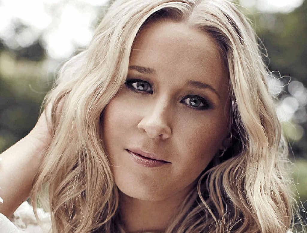 SINGER-SONGWRITER: Catherine Britt.