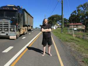 Resident frustrated at council forcing pedestrians onto Bruce Highway