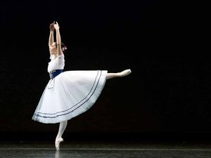 Clunes teen earns place in top international ballet school