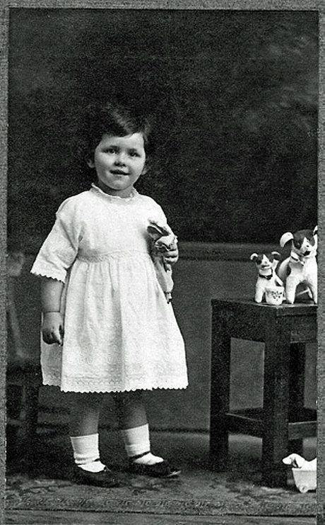 Eileen Rayward when she was 2.