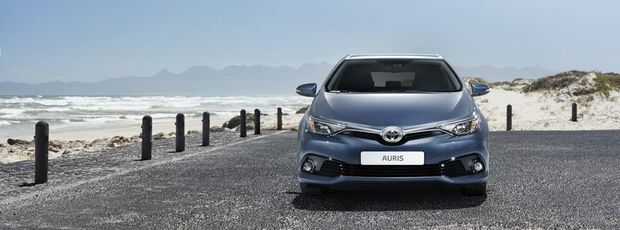 The 2015 Corolla Ascent and Ascent Sport (overseas model shown).