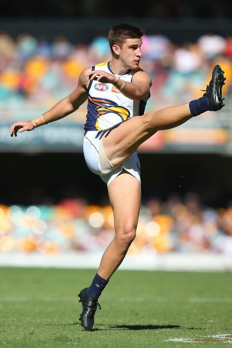 BRISBANE, AUSTRALIA - APRIL 26: Elliot Yeo of the Eagles kicks during the round four AFL match between the Brisbane Lions and the West COast Eagles at The Gabba on April 26, 2015 in Brisbane, Australia. (Photo by Chris Hyde/Getty Images)