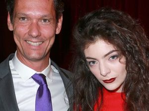 Lorde splits from manager who discovered her