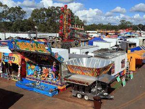 Fraser Coast Show - Pig Racing