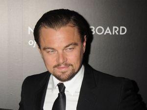 Leonardo DiCaprio bids against Paris Hilton for Chanel purse