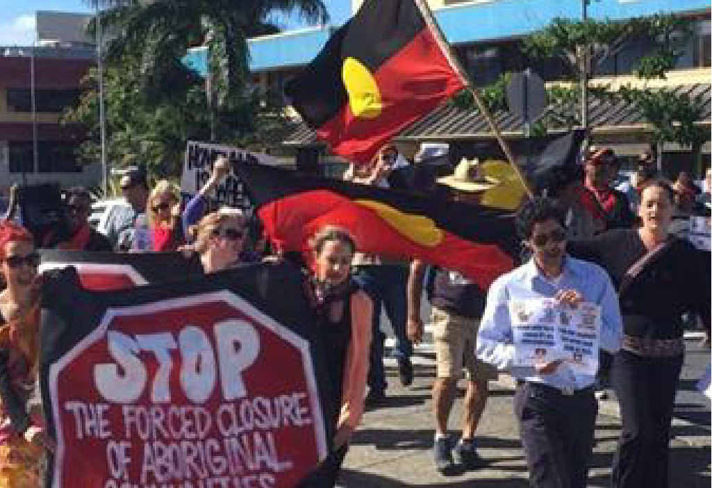 SHOW OF SUPPORT: Coffs Harbour rallies against the forced closure of remote Aboriginal communities.