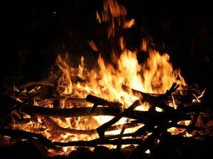 Best ways to treat campfire burns