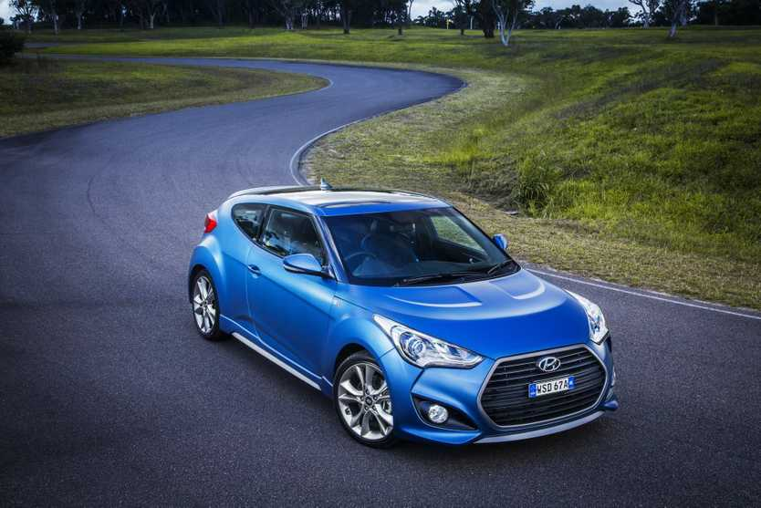 New Veloster SR Turbo at its best in matt blue.