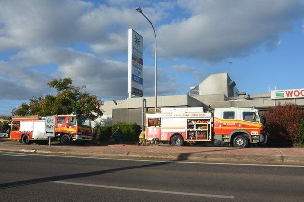 Emergency crews respond to fire at Kingaroy Shoppingworld. Photo Rhiannon Tuffield / South Burnett Times