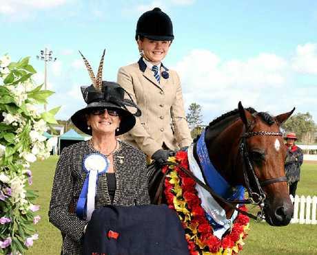 Winner of the Open Large Show hunter pony comp Billie Johnstone on Daniel Retschlag's horse Binnawie Rave Review.